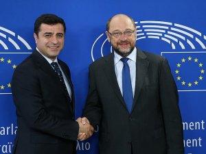 HDP Eş Genel Başkanı Demirtaş Brüksel'de