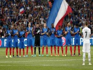 Fransa gruptaki liderliğini sürdürüyor