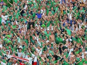 EURO 2016'dan aco haber Kuzey İrlandalı taraftar hayatını kaybetti