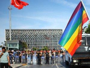 İstanbul Valiliği'nden LGBT'nin yürüyüşü için kritik açıklama