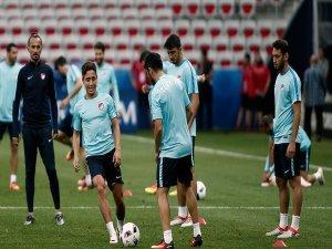 A Milli Futbol Takımı İspanya maçına hazır
