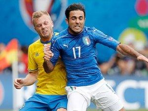 İtalya, güçlü rakibi İsveç'i tek golle geçti