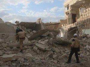 Esed rejiminden Rakka'ya misket bombalı saldırı