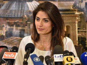 Virginia Raggi becomes Rome's first female mayor