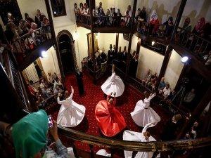 'Osmanlı payitahtı'nda sema gösterisine ilgi yoğunluğu