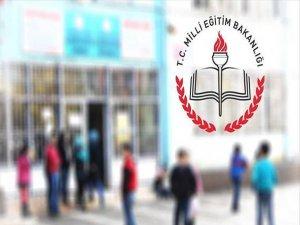 'Okullar üzerinden siyasi içerikli bildiri yayınlanması suç'