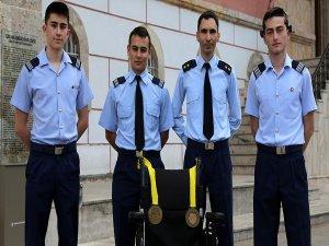 ABD'deki robot yarışmasında Türkiye'nin gururu oldular