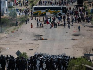 Mexico: 8 dead in clash during teachers' protest