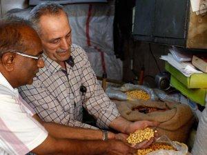 Çorum leblebisini Hindistan'da üretiyor