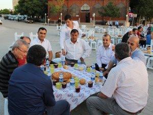 Altınekin Belediyesi iftarda buluşturdu