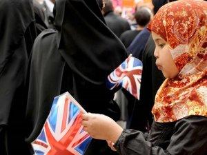 """Müslümanların oyu """"Brexit""""te belirleyici olacak"""