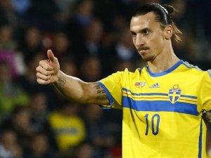 Ibrahimoviç'in menajerinden transfer açıklaması