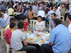 Konya AB Bilgi Merkezi, Suriyeli mültecileri iftarda buluşturdu
