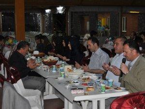 Seydişehir'de yetim ve öksüzler, kardeşlik iftarında buluştu