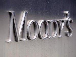 Moody's iki ülkenin notunu açıkladı