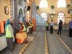 Seydişehir'de camiler temizleniyor