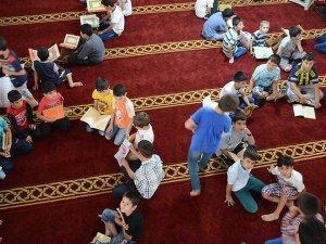 'Çocuklarınızı yaz Kur'an kurslarına gönderin' çağrısı