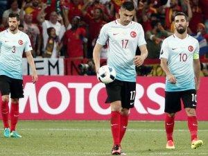Türkiye, EURO 2016'ya veda etti