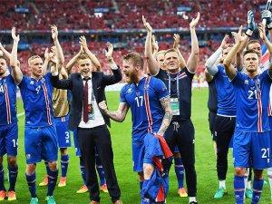 İzlanda adını son 16 takım arasına yazdırdı