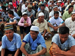 Myanmar: Objections to new term for Rohingya build