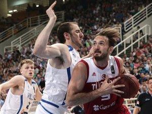 Türkiye potada hazırlık maçında Yunanistan'a yenildi