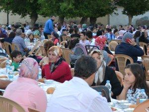 Kulu Yardımlaşma Derneğinden 7. Geleneksel iftar yemeği