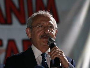 """Kılıçdaroğlu: """"O bizi aydınlatan önemli bir meşaleydi"""""""