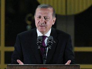 Erdoğan: Yeni tuzaklarla ülkemizi köşeye sıkıştırmaya çalışacaklar