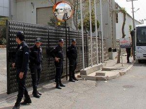 Diyarbakır'da 10 şirkete kayyum atandı
