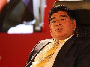 Maradona'dan Messi'ye 'dön' çağrısı