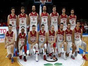 A Milli Erkek Basketbol Takımı Filipinler'e gitti