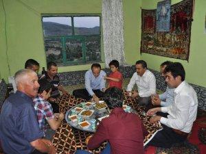 Kaymakam Özyiğit ve Başkan Tutal iftar sofrasına misafir oldu