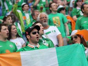 EURO 2016'da İrlanda taraftarına centilmenlik madalyası