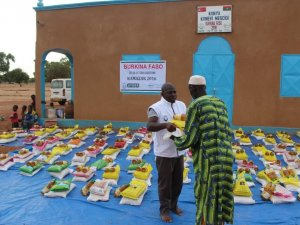 AYDER'den Burkina Faso'ya iftar
