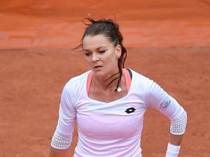Radwanska, Wimbledon'a galibiyetle başladı