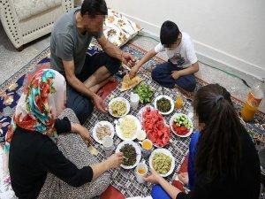 Teröristlerce evi yakılan ailenin ev özlemi