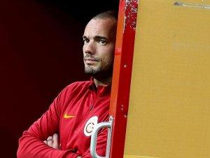 Galatasaray'da Sneijder ilk antrenmana çıkmadı