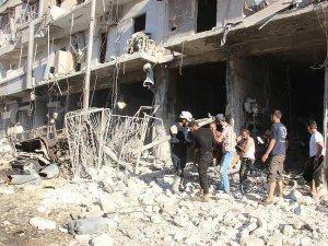 Halep'te yerleşim yerine hava saldırısı: 16 ölü, 25 yaralı