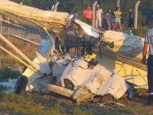 Balıkesir'de eğitim uçağı düştü: 2 ölü