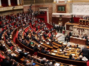 Fransa Meclisi savaş suçlarının inkarının cezalandırılmasını istedi