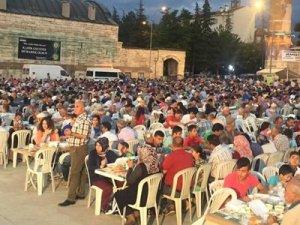 Ulu Camii Meydanı'nda 'iftar' buluşması