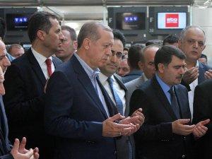 Tayyip Erdoğan'dan Atatürk Havalimanı'na sürpriz ziyaret