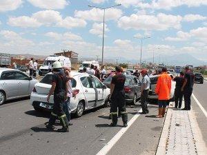 Bayram tatilinin ilk gününde kaza bilançosu: 7 ölü, 89 yaralı