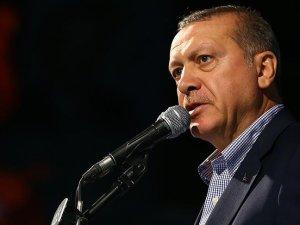 Erdoğan: Suriyeli kardeşlerimize vatandaşlık imkanı vereceğiz