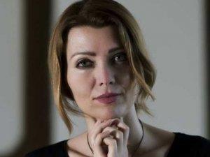 """Elif Şafak'tan skandal! """"Ayasofya kilise olsun"""""""