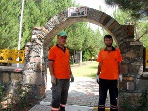 Seydişehir'de şehitliğe bakım