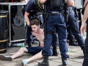 Cazeneuve: EURO 2016 boyunca 600 kişi gözaltına alındı
