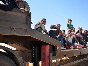 Suriye'de DAEŞ bölgesinden kaçış sürüyor