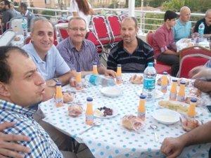 89 Konya İHL mezunları iftarda buluştu