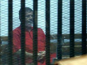 Mursi Mısır'da 'teröristler listesi'ne alındı